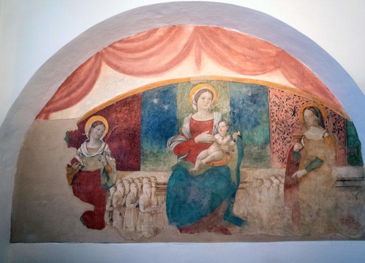 """Affresco """"Madonna con Bambino tra le SS. Caterina e Lucia"""" attribuito a Vincenzo Pagani"""